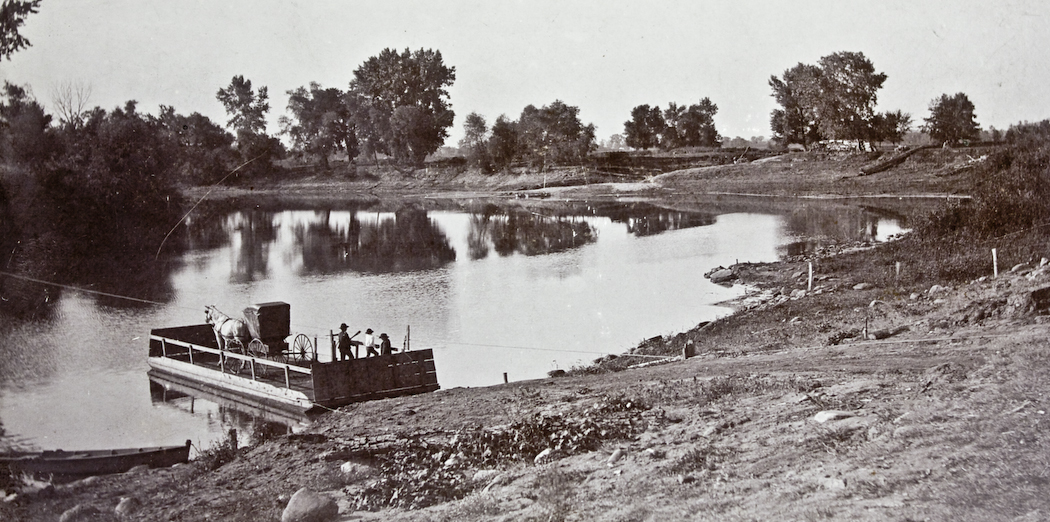 Old photo of the Minnesota River along Chaska, from early 1900s.