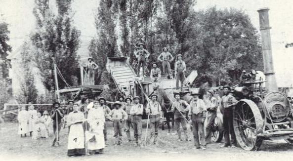 Eden Prairie Historical Photo of family on wagon