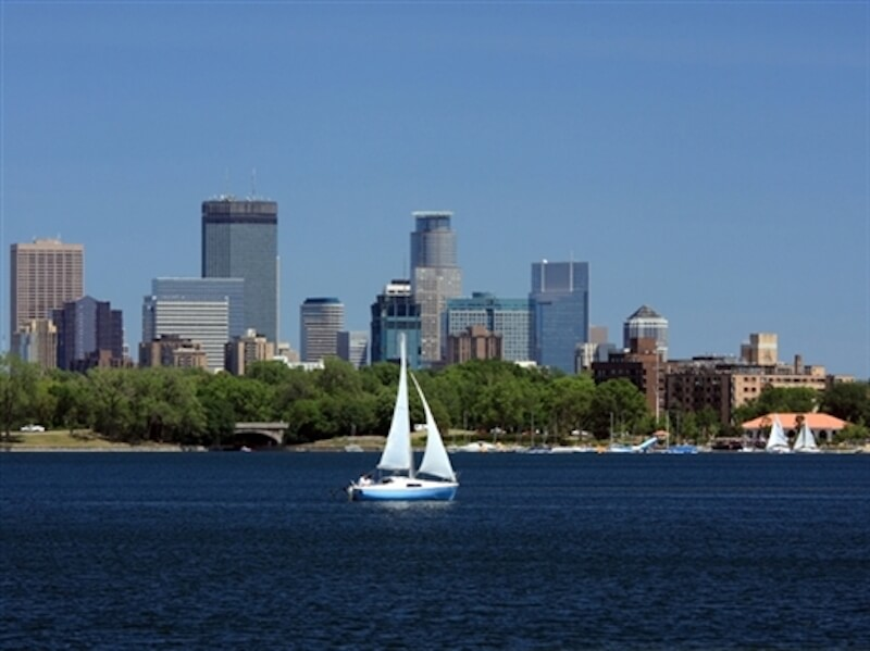Sailboat in Lake Calhoun in Minneapolis, Minnesota